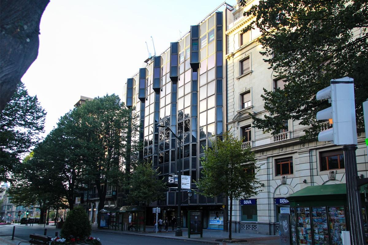 Oficinas granada architecture bilbao for Oficinas granada