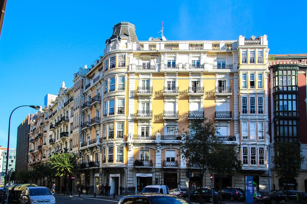 Edificio de viviendas arquitectura bilbao for Arquitectura eclectica