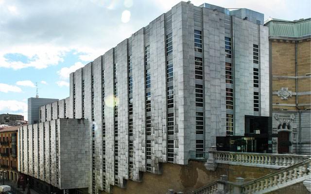 HOTEL HUSA JARDINES DE ALBIA