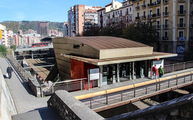 ESTACIÓN DE ZABALBURU (RENFE)